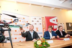 """Rīgas dome un Swedbank aicina pieteikties grantu programmai """"ATSPĒRIENS"""""""