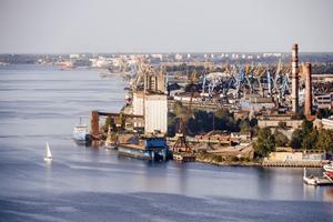 Izvērtēts Rīgas pieostas apkaimju publiskās telpas labiekārtojuma potenciāls