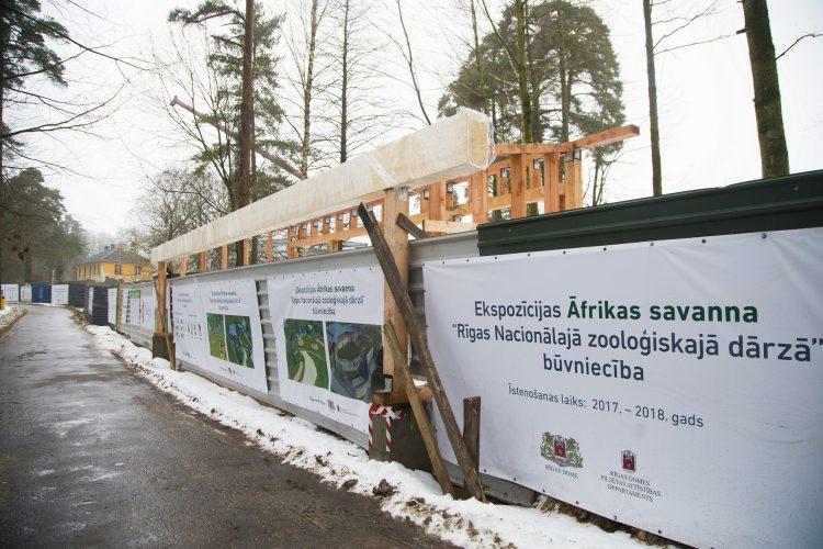 """Iepazīstas ar ekspozīcijas """"Āfrikas savanna"""" būvdarbu gaitu Rīgas zooloģiskajā dārzā"""