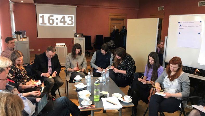 Rīgas domē norisinājās darbnīca iniciatīvu radīšanai Sarkandaugavā un Bolderājā