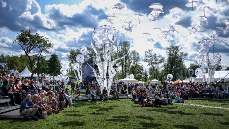 """Aicinām uz diskusiju """"Viedā Rīga"""", inovāciju un tehnoloģiju festivāla iNOVUSS ietvaros"""