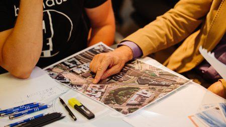 Iepazīstina ar Rīgas mobilitātes vīziju un konceptuālā dizaina skicēm divām teritorijām