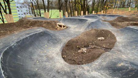 Aldara parks pamazām iegūst jaunus vaibstus