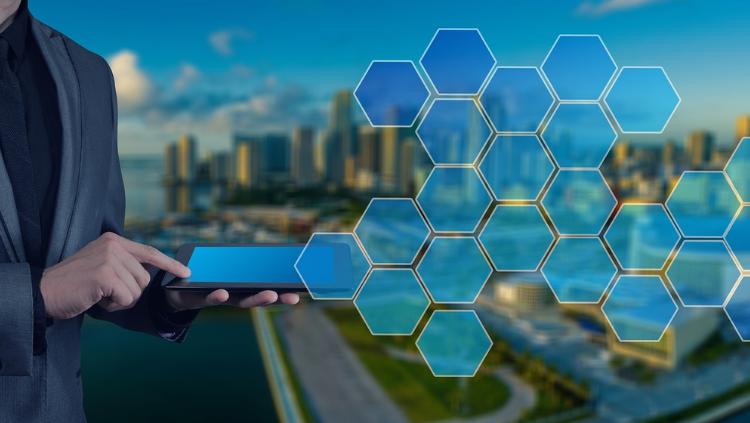 Rīgā izveido trīs viedpilsētas tehnoloģiju pilotteritorijas