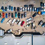 No jūlija samazinās stāvvietu skaitu Strēlnieku laukumā